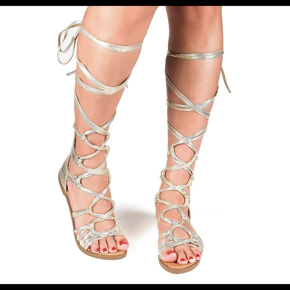 56566eebb8978 Shoes | Gold Gladiator Strapping Sandals | Poshmark